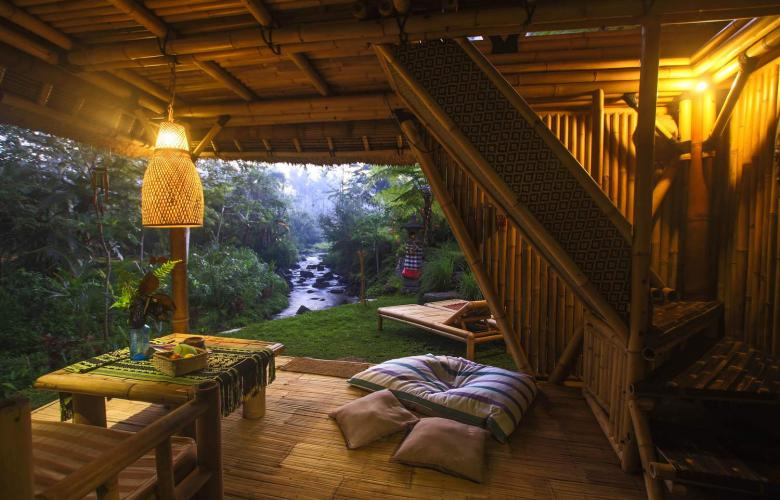 The Hideout Bali Hut A Bamboo Tree House Tucked Into The